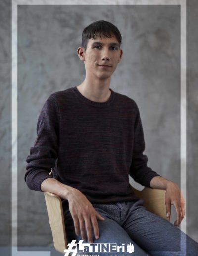 Alexandru Ostaci, 18 ani, Campina, Prahova